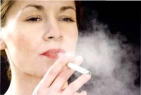 курение и женщина