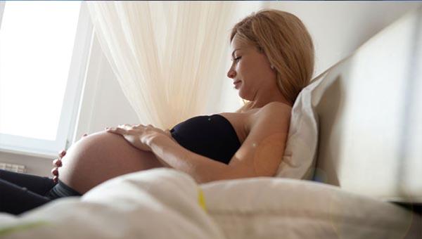Фото блондинок беременных